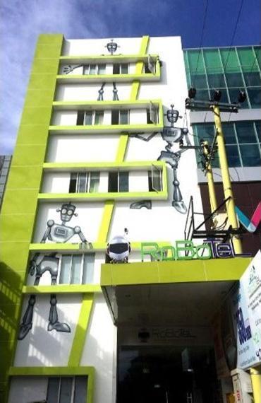 Robotel Makassar Makassar - Exterior