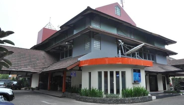 D'Arcici Hotel Plumpang Jakarta - exterior