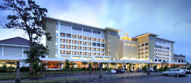 Harga Hotel Sutan Raja Hotel Convention and Recreation (Minahasa Utara)