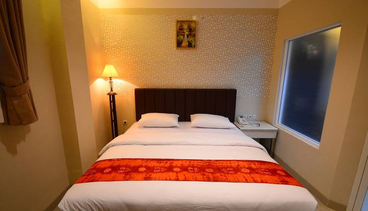 Queen City Hotel Banjarmasin - KAMAR SUPERIOR KING