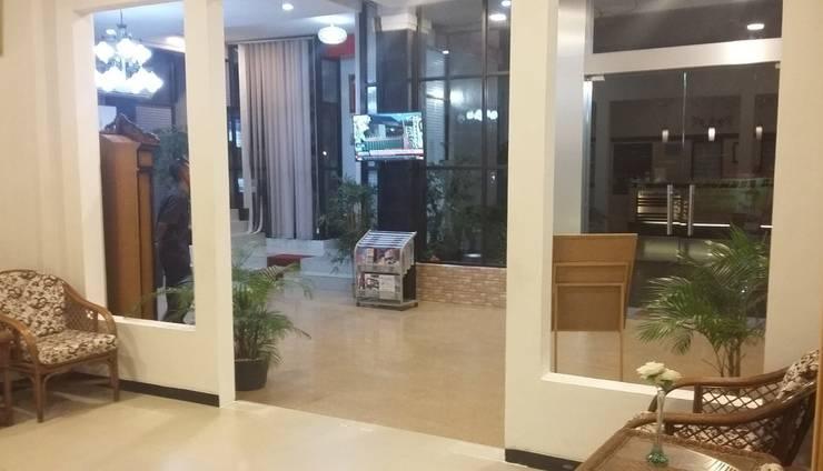 Queen City Hotel Banjarmasin - LOBI HOTEL