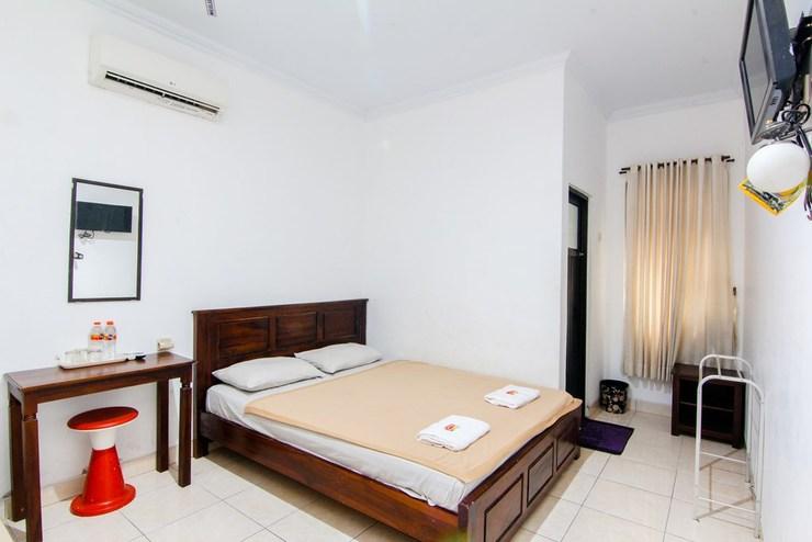Sakura Hotel Yogyakarta - room
