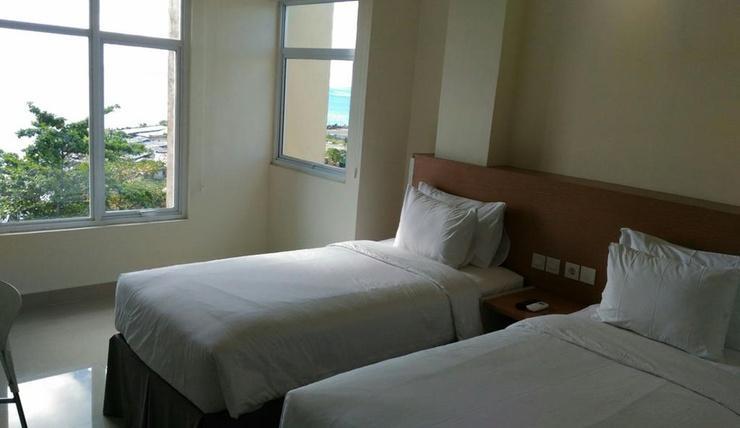 Big Fish Hotel Manado Manado - Room
