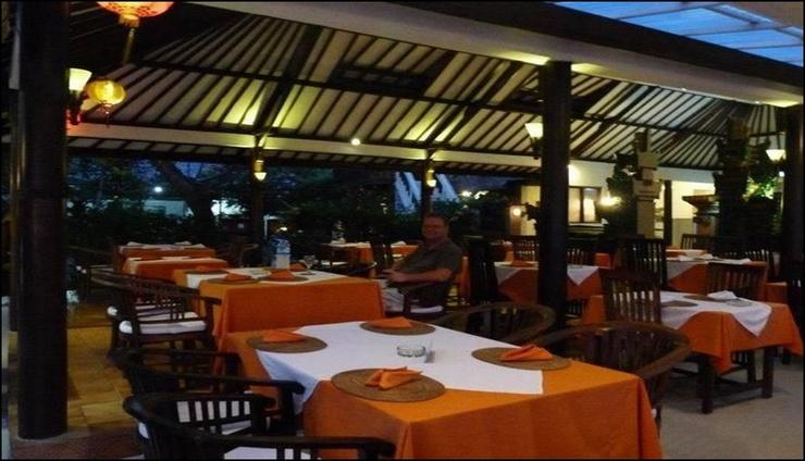 Anom Beach Hotel Bali - interior
