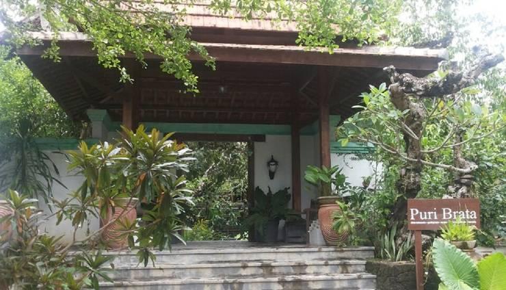 Puri Brata Yogyakarta - Exterior