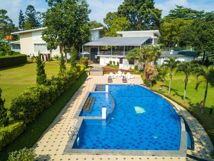 D Agape Residence Bogor - Pool