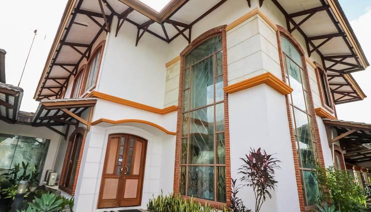 NIDA Rooms Garden Tomb Kebagusan Jakarta - Eksterior