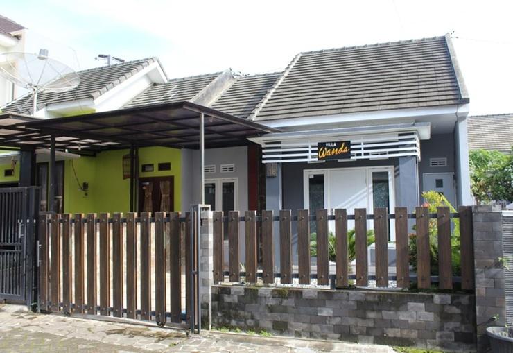 Villa Gunawan Batu Malang - Exterior