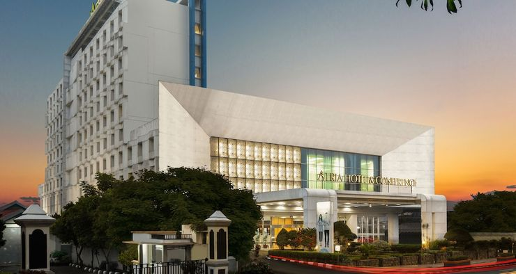 Atria Hotel Magelang - Front of Property - Evening/Night