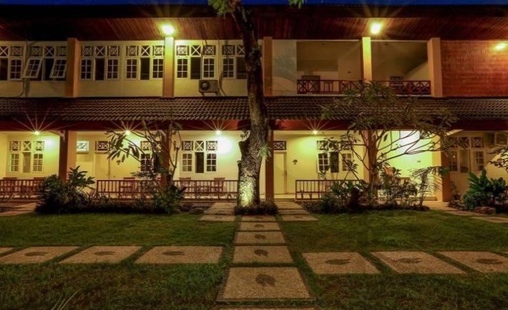 Syandana Giri Putri Hotel Lombok -