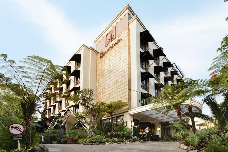 Amaroossa Bandung - Facade