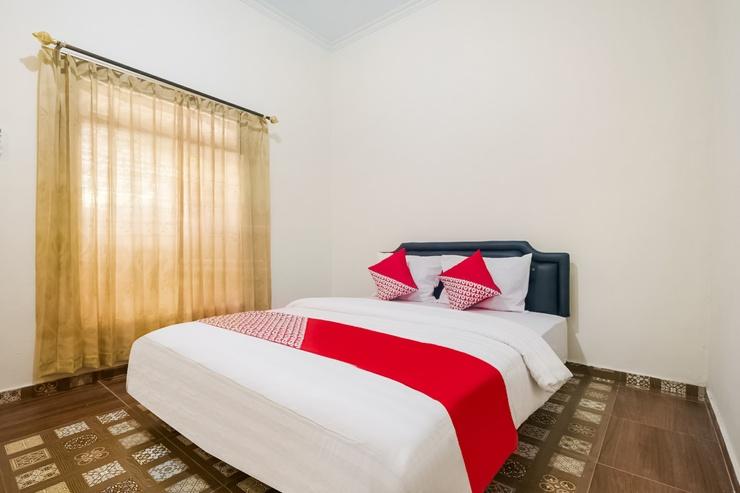OYO 3223 Jy Homestay Yogyakarta - Guestroom