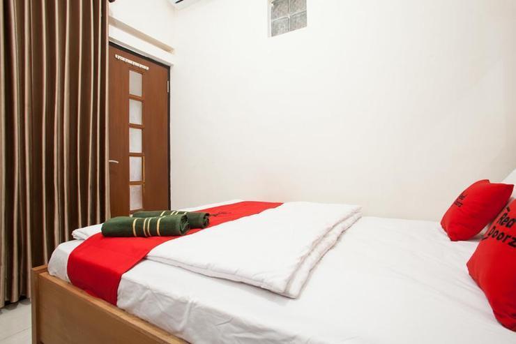 RedDoorz near Singha Merjosari Park Malang - Guestroom