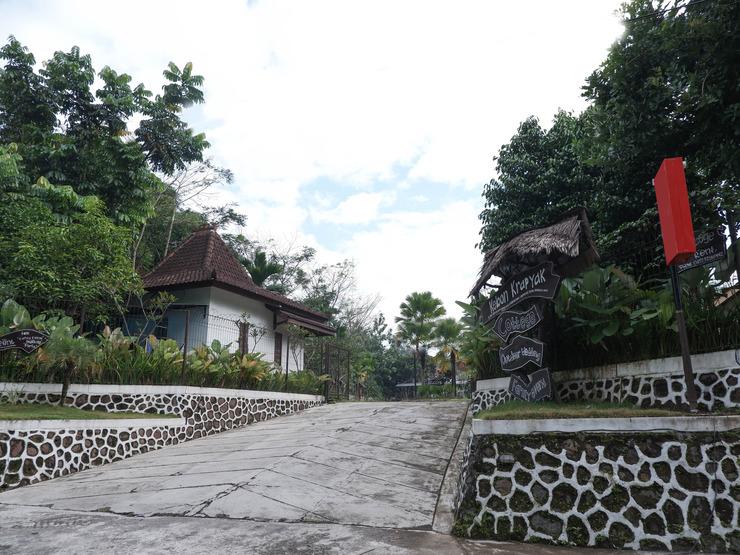 Kebon Krapyak Cottage Yogyakarta - Facade