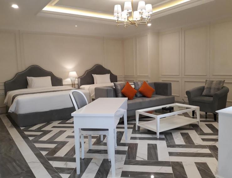 Grand Senyum Hotel Tugu Yogyakarta Yogyakarta - Grand Executive