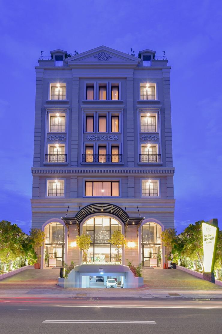 Grand Senyum Hotel Tugu Yogyakarta Yogyakarta - Exterior