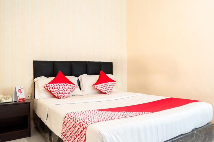 OYO 1103 Hotel Prima Batam - Bedroom