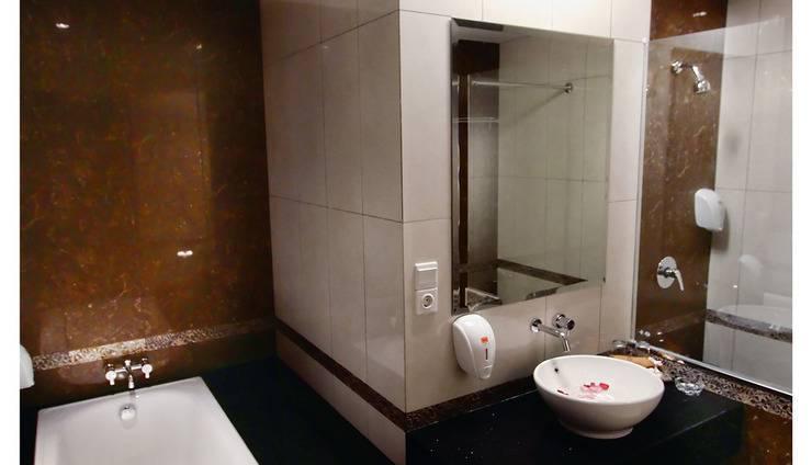 Sukajadi Hotel Bandung - KAMAR MANDI PENGANTIN
