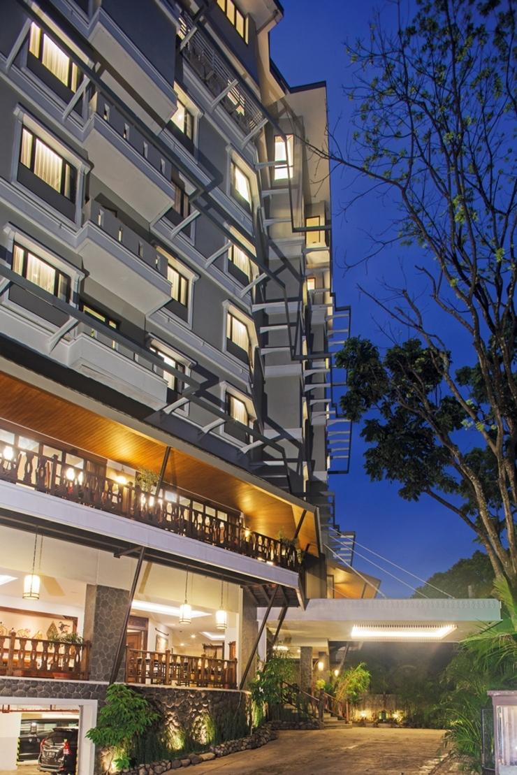 Sukajadi Hotel Bandung - pintu masuk belakang