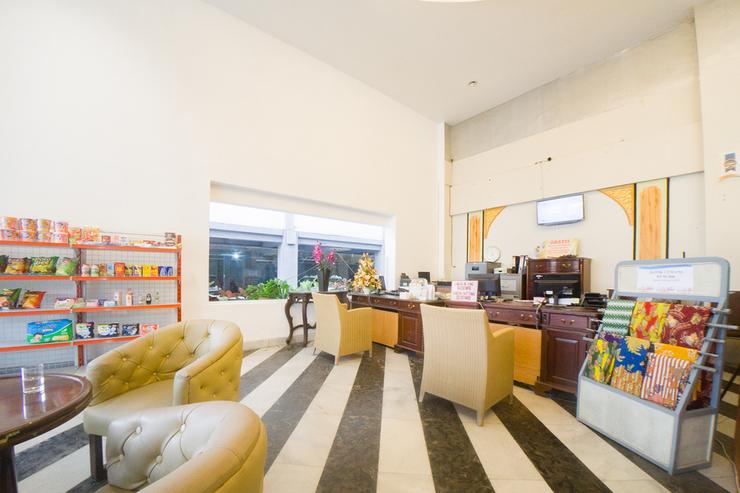 Tychi Hotel Malang - Photo