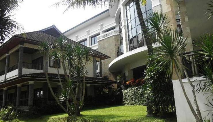 The Oxalis Regency Hotel Magelang - Eksterior