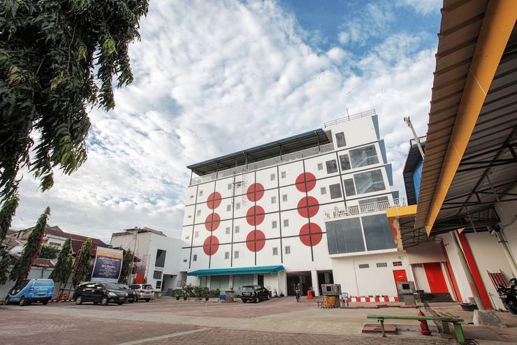 Sinar Sport Hotel Bengkulu - Parking