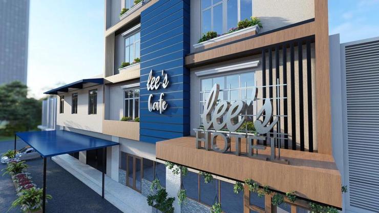 Lee's Hotel Batam - Building