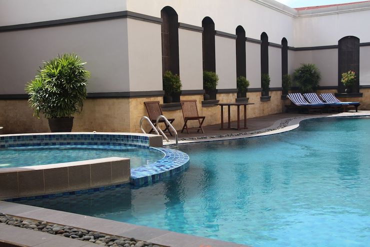 Swiss-Belhotel Samarinda - Outdoor Pool