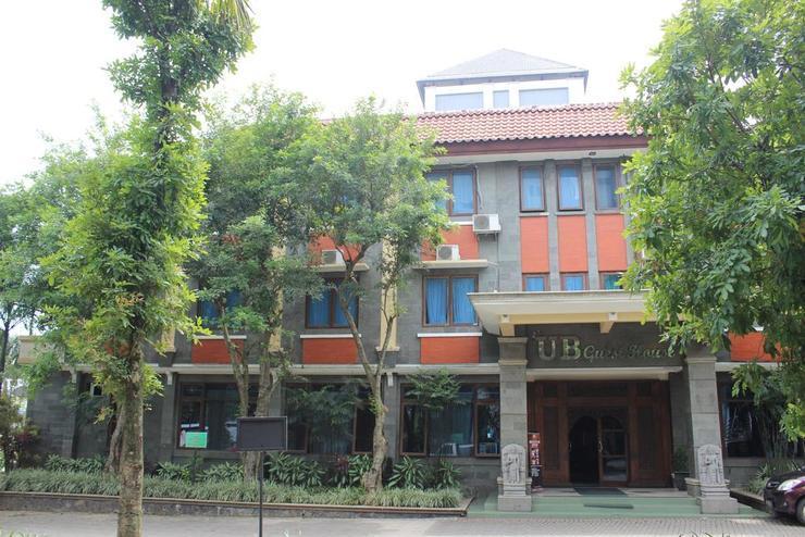 UB Guest House Malang Malang - Exterior