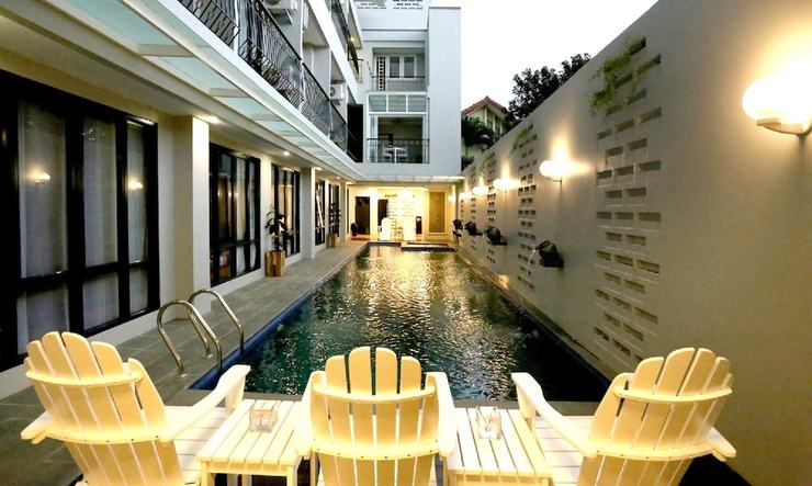 Urbanest Inn House TB Simatupang - Featured Image