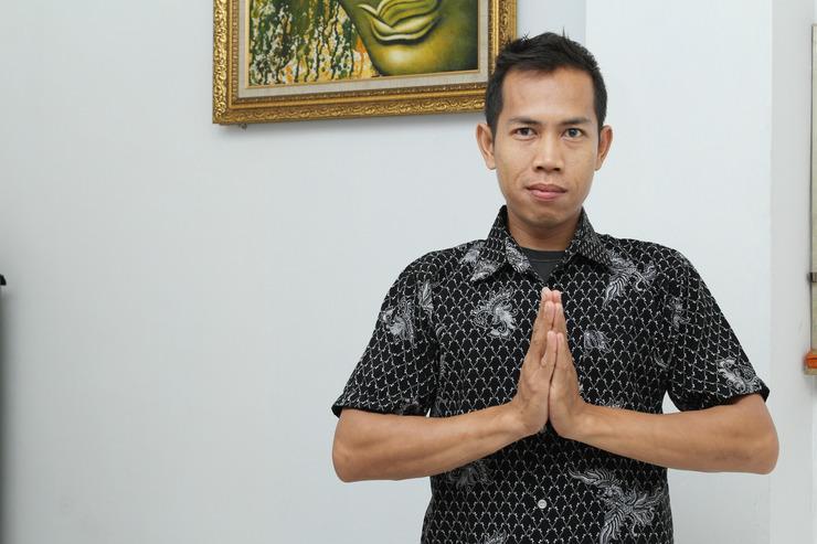 Airy Eco Binus Kijang KH Mud'ham 75 Palmerah Jakarta Jakarta - Receptionist
