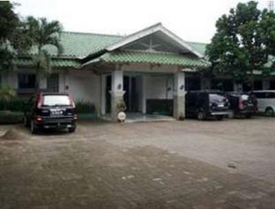Transit Hotel & Restaurant Bekasi - Tampilan Luar Hotel