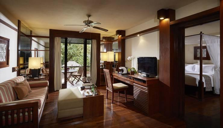 Melia Bali - Deluxe suite room