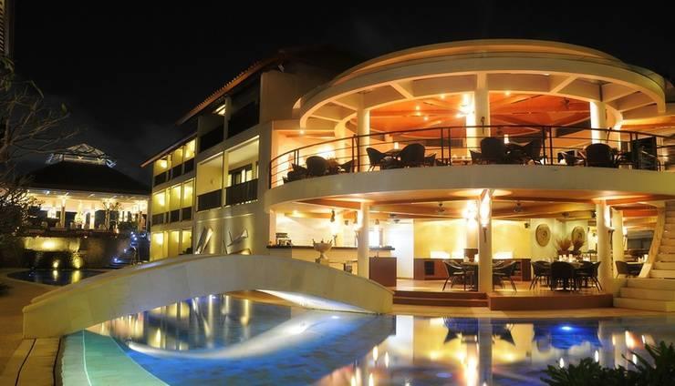 Away Bali Legian Camakila Resort - Tampilan Kolam Renang