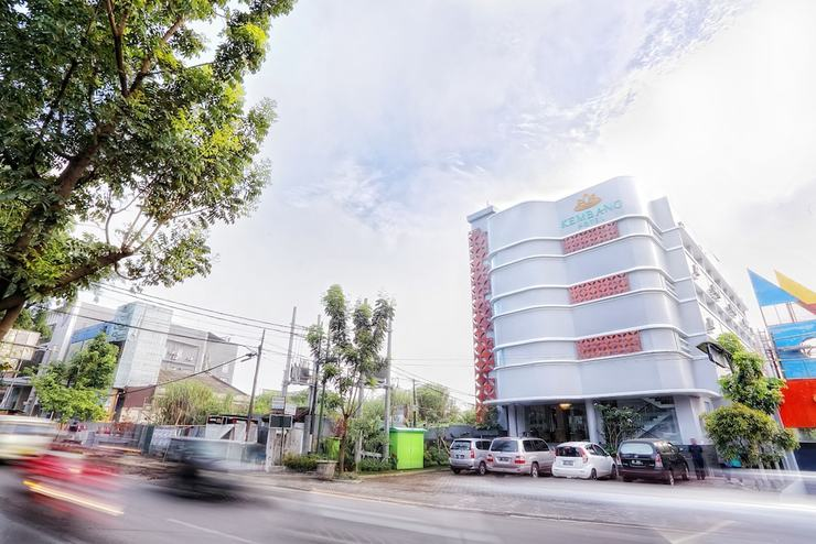 Kembang Hotel Bandung - Featured Image