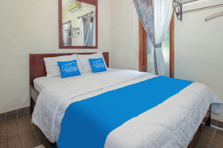 Airy Eco Syariah Bougenville Satu 10 Tangerang Selatan Tangerang Selatan - Queen Size Double Room