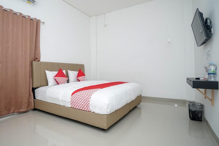 OYO 443 Hotel Barlian Palembang - Bedroom