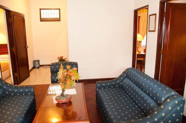 Hotel Parama Puncak - Cottage Room