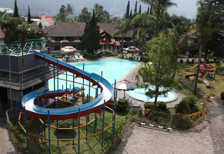 Hotel Parama Puncak - Swimming Pool