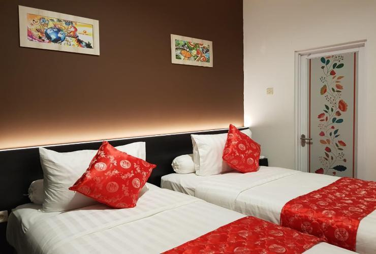 Fortune Front One Hotel Kendari Kendari - Superior Twin Room