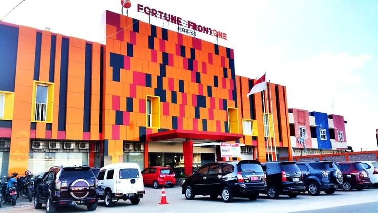 Fortune Front One Hotel Kendari Kendari - Interior