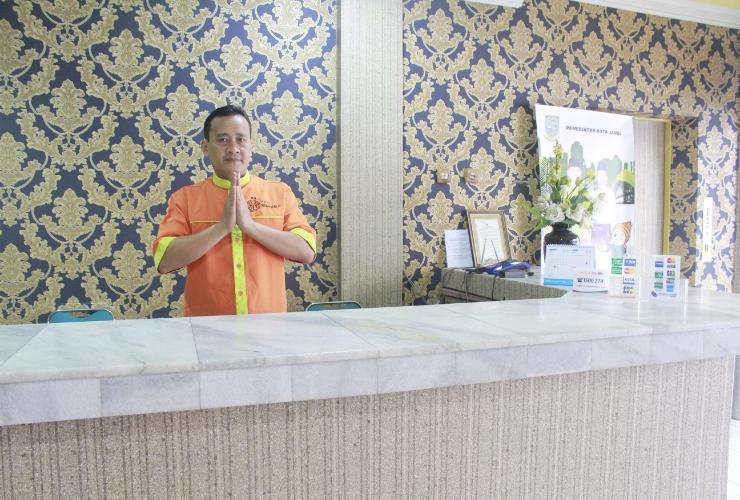 Hotel Matahari 2 Syariah  Jambi - Reception