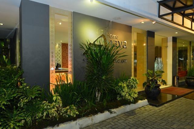 Anaya Home Hotel Medan - Pintu Masuk