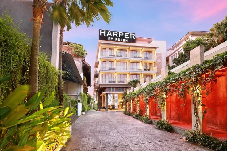 Harper Kuta Hotel by ASTON Kuta - Entrance