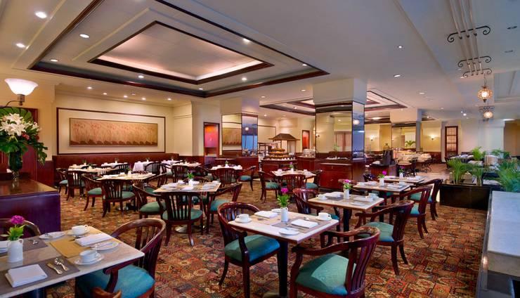 The Sultan Hotel Jakarta - Laguna Cafe