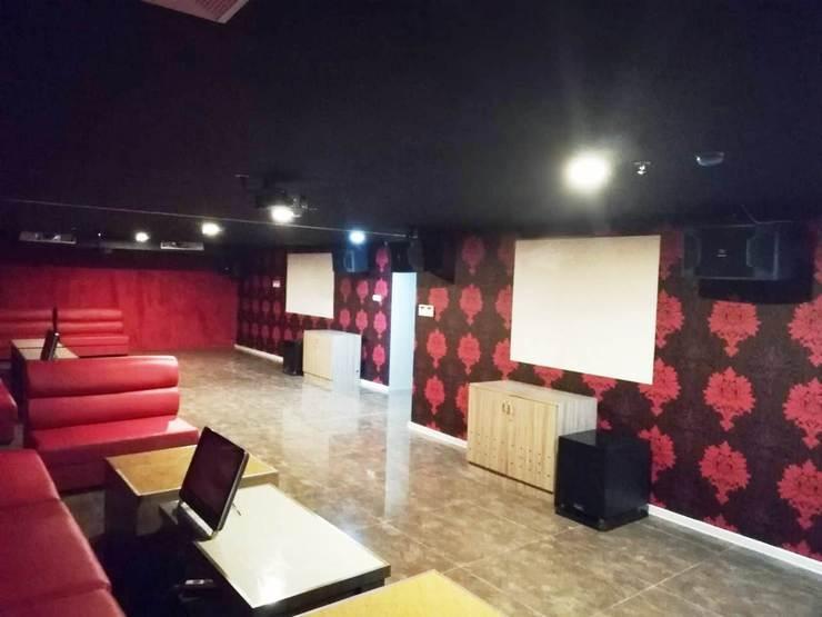 Win Premier Hotel Mangga Besar Jakarta - Karaoke