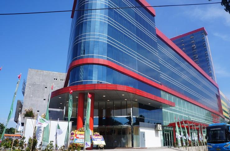 Win Premier Hotel Mangga Besar Jakarta - Facade