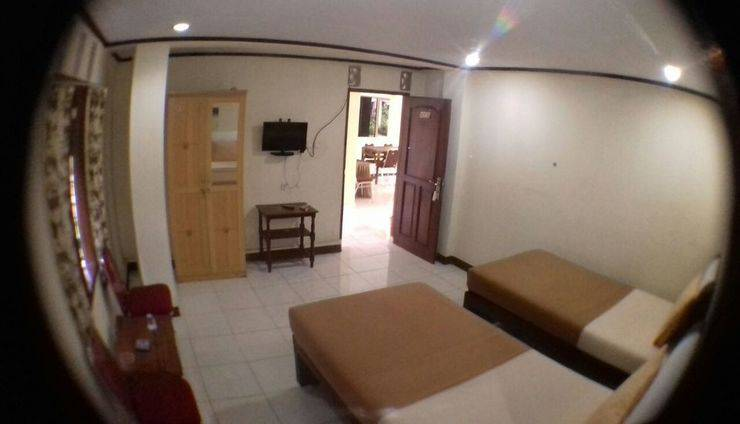 New Sabrina Hotel Bogor - deluxe room