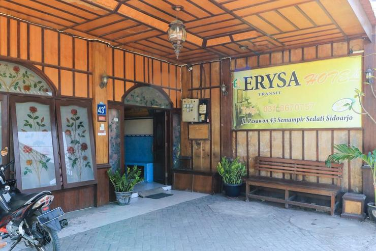 Erysa Hotel Surabaya - Lobby
