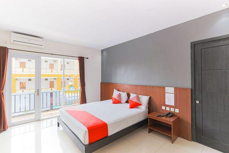 Capital O 1246 Hotel Grand Pacific Pangandaran - Bedroom